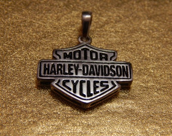 Motor Harley Davidson Cycles Sterling Silver 925  Charm Pendant with dark red or black enamel