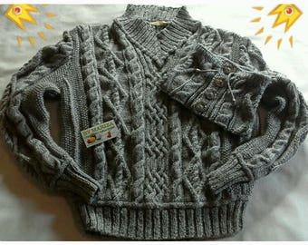 Knit Geometric Cardigan Sweater - Mens Medium M  Silver  / Silver .kiniting cardigan .Handmade