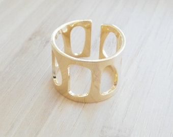 Large Gold Plated Ring, Dainty Ring, Adjustable Ring, Gold Ring Geometrical, Tiny Ring, Large Ring Adjustable, Gap Ring, Geometric Jewelry