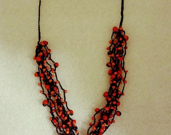 Pionia seed necklace