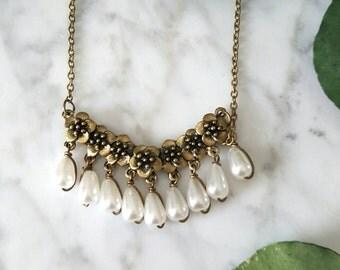 Vintage Brass Floral Pearl Necklace/Bridal Pearl Necklace/ Vintage Bridal Necklace