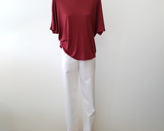 Red Regular Cut Tee In 100% Cotton Knit