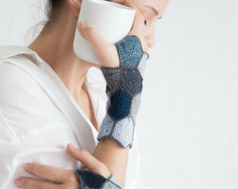 fingerless mittens, handmade, unique, artsy, ready-to-ship // FIORD