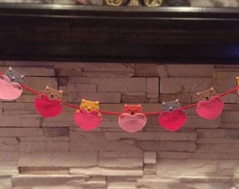 Valentine kitty heart garland