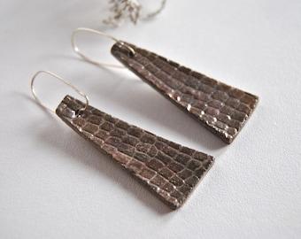 ceramic earrings organic texture handmade in Italy