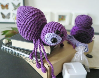 lalylala CROCHET KIT spider AGATHA • purple • original materials incl. Harry Potter music box insert + project bag