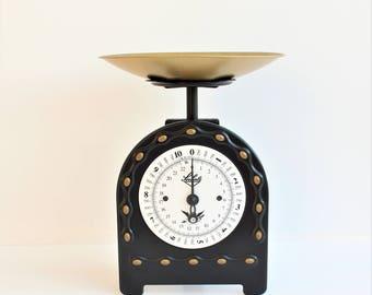 Kitchen Scale /Soehnle/ Black/Weighing Scale/Retro Kitchen/Mid Century/Rustic/Kitchenalia