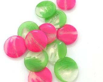 6x Pink or Green Buttons 20mm