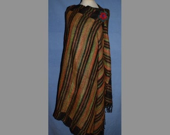 Supersoft Wool Nepalese Reversible Blanket Shawl - black
