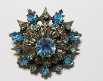 Vintage CORO blue stone brooch - REDUCED