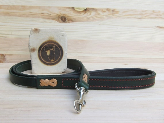 Leather Dog Leash, Green Dog Leash, Custom Lenght and Width, Strong Dog Lead, Walking Dog Leash, Soft Dog Lead, Comfort Grip Dog Lead