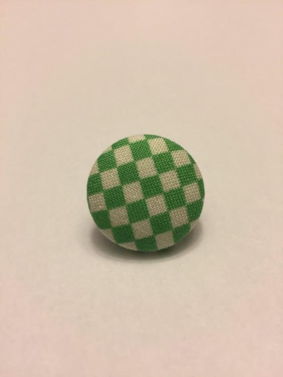 Green checker button