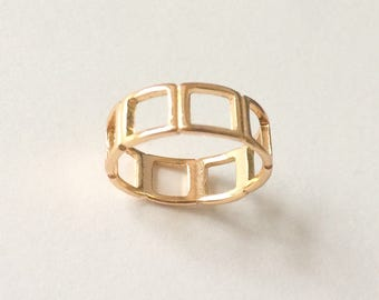 Vintage Gold Tone Square Cut Out Panel Ring