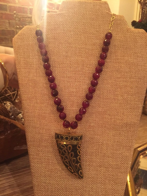 Beaded deep red agate with beautiful tibetan horn pendant