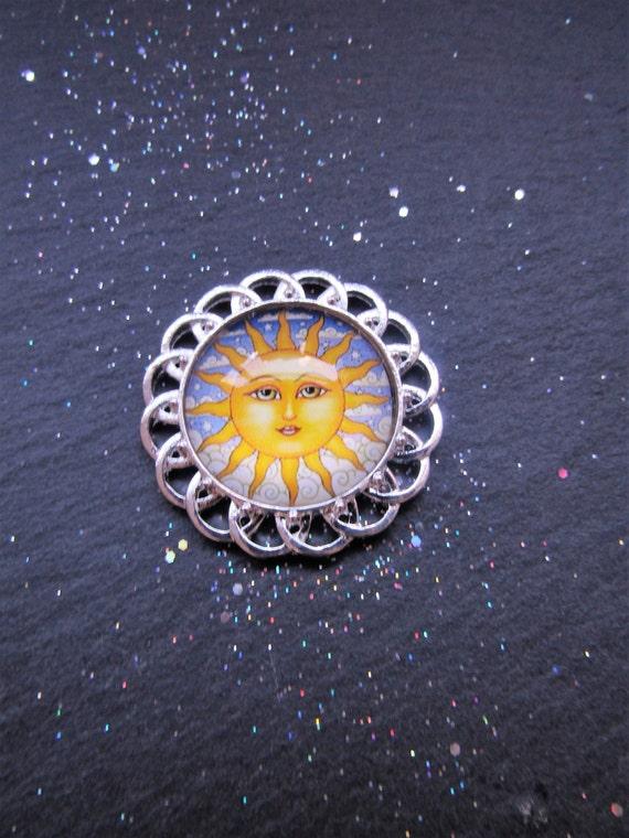 Sun Brooch, Boho Chic Brooch, Vintage Sun Brooch, Art Glass Cabochon Brooch, Unique Brooch, Sun jewellery