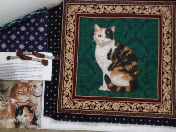 Calico Cat - Green Background - Pillow Quilt Kit 116