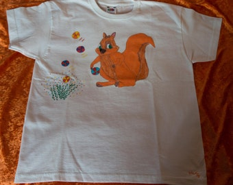 T-Shirt for kids 7 / 8 years, pattern hand-drawn, a greedy squirrel