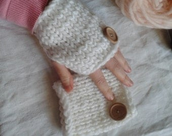 White mitts 100% wool