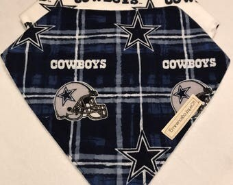 Dallas Cowboys Bandana Bib // gift for baby// baby shower gift// Bibdana// Handmade bib// baby boy// baby girl