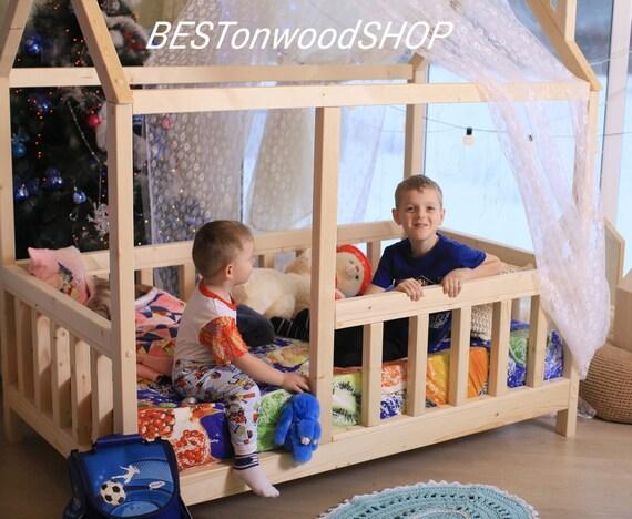 lit b b lit maison lit montessori maison en bois maison. Black Bedroom Furniture Sets. Home Design Ideas