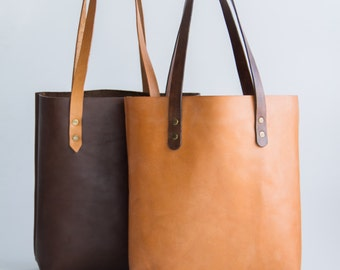 Tote bag. Genuine leather from Argentina. High quality cowhide. HANDMADE