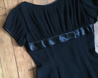 vintage 1960s black dress // 60s simple little black wiggle dress