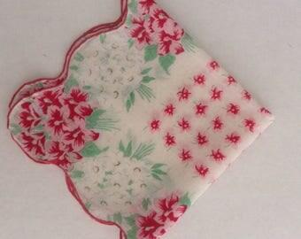 Vintage Handkerchief / Daisies and Geraniums