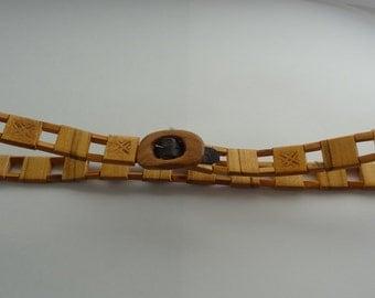 Womans belt,Vintage belt,Wooden belt,Wood natural color,Patterned belt