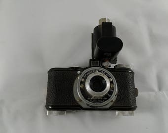 Bakelite Spartus 35F 35-F Model 400 Camera