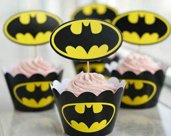 Batman Cupcake or Muffin Toppers and Wrappers. 24 Pieces of Batman wrappers and toppers. Black and Yellow.