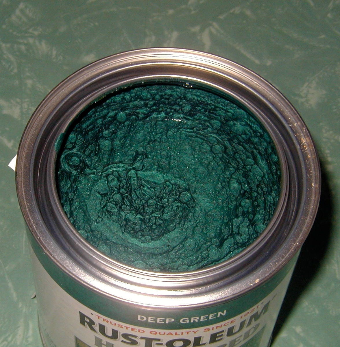 Dark green metallic hammered metal paint rust oleum rust for Craft paint for metal