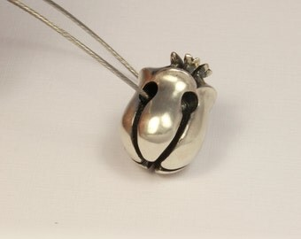 Sterling Silver Bud necklace
