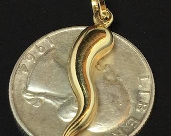 14k gold Italian horn pendent