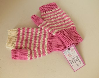Pink Texting Gloves / Mittens - Ideal For A Teenager - One Size - Charity Listing