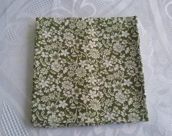 Fat Quarter//100% Cotton//Quilting Fabric