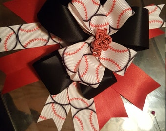 Softball/baseball themed stacked boutique bow