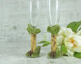 Wedding Glasses Folk  Toasting Flutes Rustic CHampagne Flutes Mr Mrs Decoration Toasting Glasses