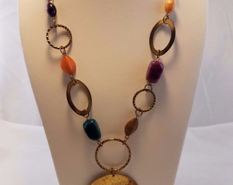 Vintage 1970's multi color polished stone gold tone Bohemian necklace