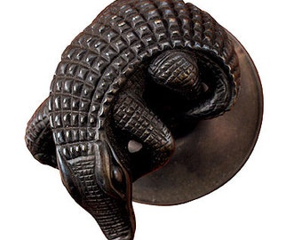 Crocodile Doorknob Passage Set