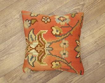 anotalian bohem vintage turkish rug kilim carpet pillow