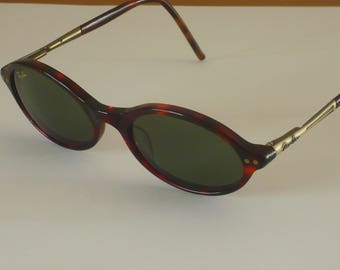 Vintage Ray Ban W2974 tortoise ladies polished Classic Green lens sunglasses by B & L