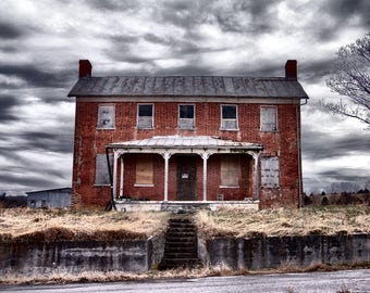 Abandoned House Photography, Old House Photograph, Old House Photo, Abandoned House Print, Haunted House, Rustic Home Decor, Cottage Chic