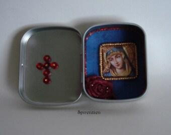 Altar bottles Madonna