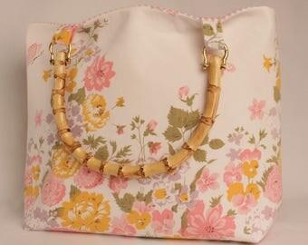 Eco-Chic Shoulderbag - Eco-Chic Handbag - Eco-Chic purse  - purse and handbag - up-cycled purse - up-cycled handbag - Spring Fashion