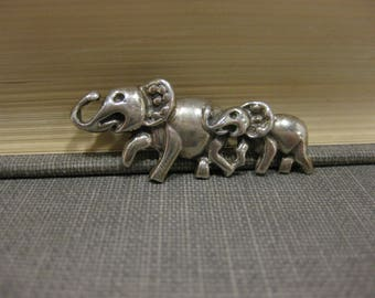 Vintage Sterling Mother and Baby Elephant Brooch Marked 925