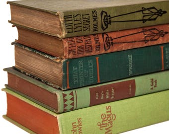 Set of Red & Green Old Books for Decor, Book Gifts, Instant Library, Antique Book Collection, Vintage Book Themed Wedding, Book Centerpieces