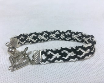 Friendship Bracelet, Black & White