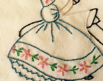 Hand Embroidered Flour Sack Dish Towels