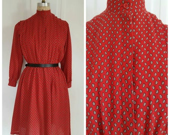 Vintage 70s bohemian red long sleeve day dress with feather print, size medium