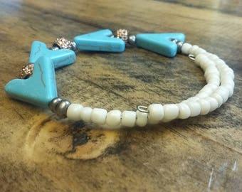 Turquoise arrow head stone bracelet